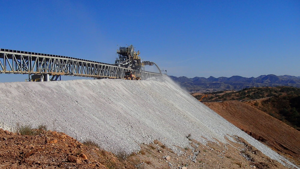 FLSmidth is commissioning this QB4 system at Cananea mine in Mexico for Groupo Mexico. The system is conveying 12,000 tph of crushed copper ore onto their permanent leach pad. This is the largest copper heap leachy stacking system in the world to date topping Radomir Tomic (11,500tph) also built by FLSmidth.