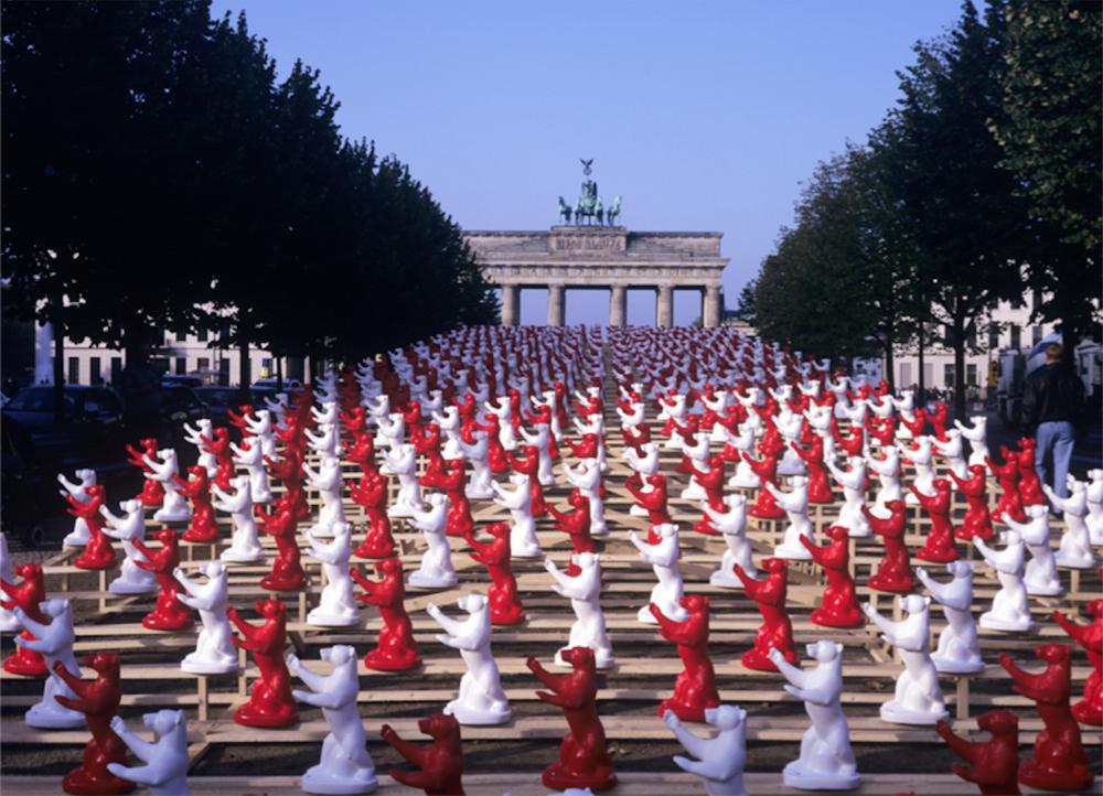 "OTTMAR HÖRL // ""Berlin Beariin""//Installation-view of Plastic sculptures // Photography: Philipp Hessel //2000"
