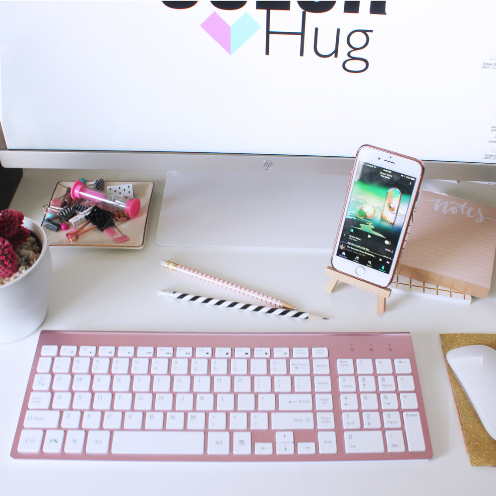 Rose Gold/Pink Wireless Keyboard -