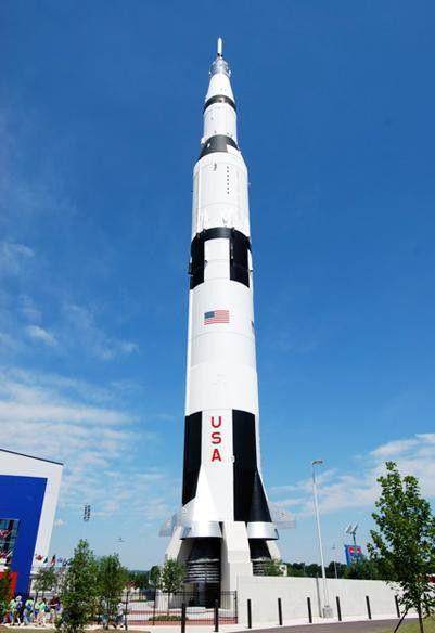 360' Full-scale Saturn V, Rocket Replica - US Space & Rocket Center, Huntsville, AL