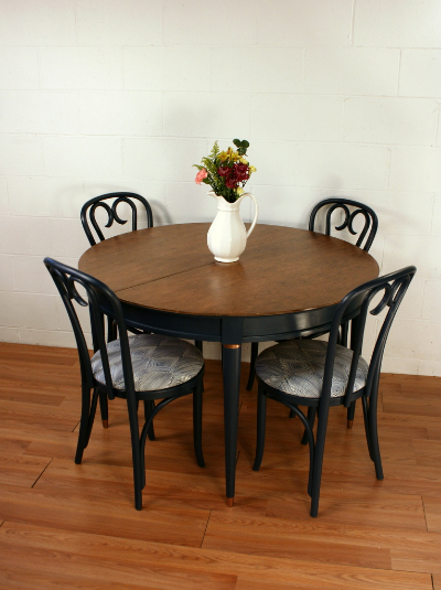 Navy Round Table & Chairs