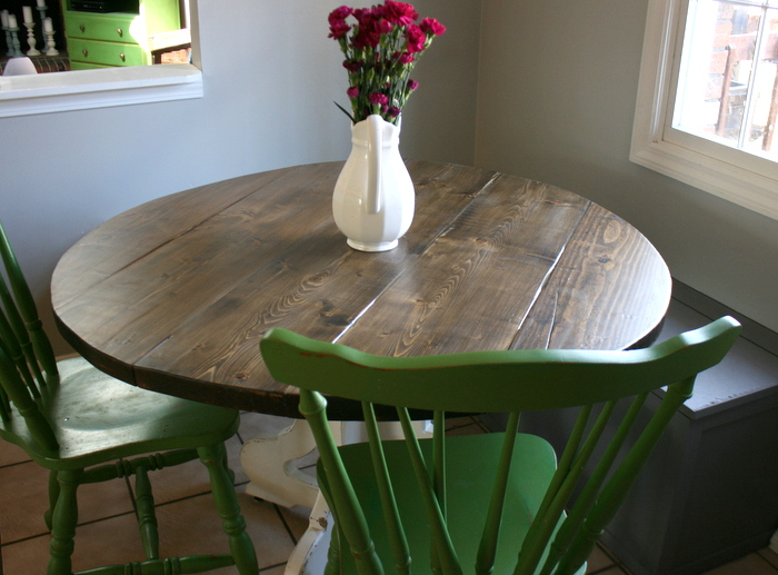 build a round top table by roots and wings furniture