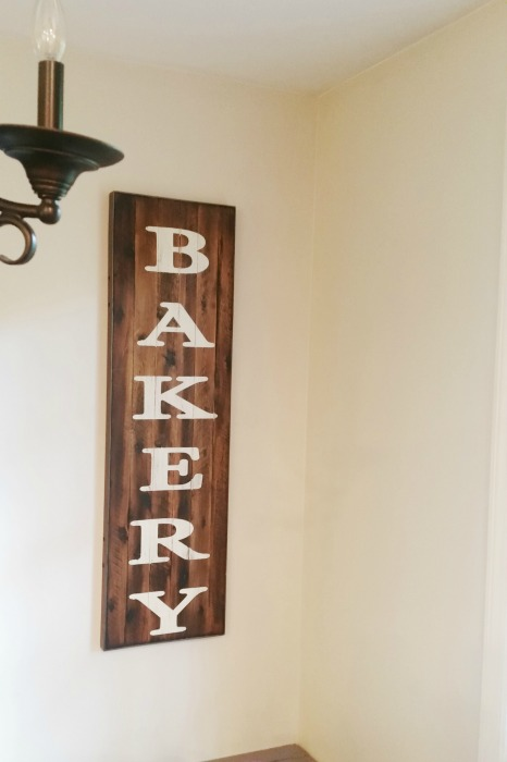 final bakery vinyl sign