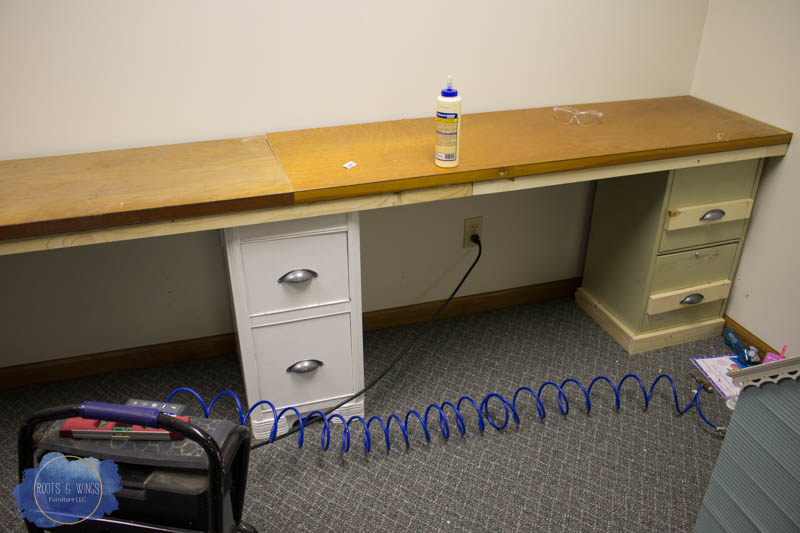 how to build a diy built in desk for under 75 roots wings rh rootsandwingsfurniture com diy built in desk nook diy built in desk and wall unit