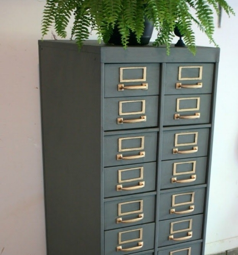 Queenstown Gray Card Catalog
