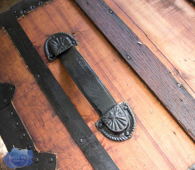 http://www.rootsandwingsfurniture.com/steamertrunkhandlerepair