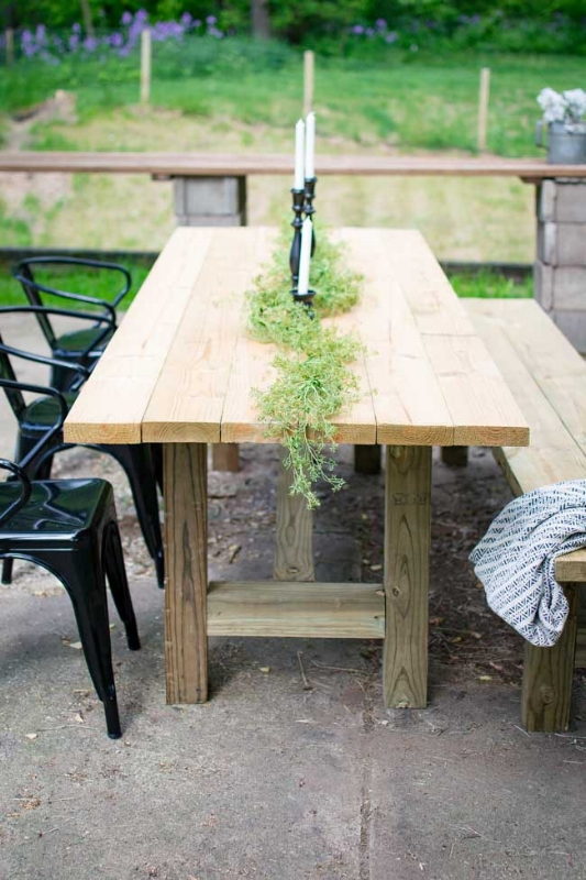 Patio-Table-4.jpg