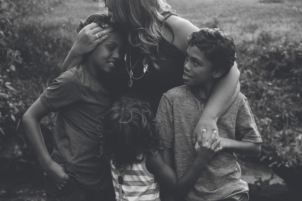Photographing another photographer is always nerve-wracking, but Jillian and her boys are perfection <3
