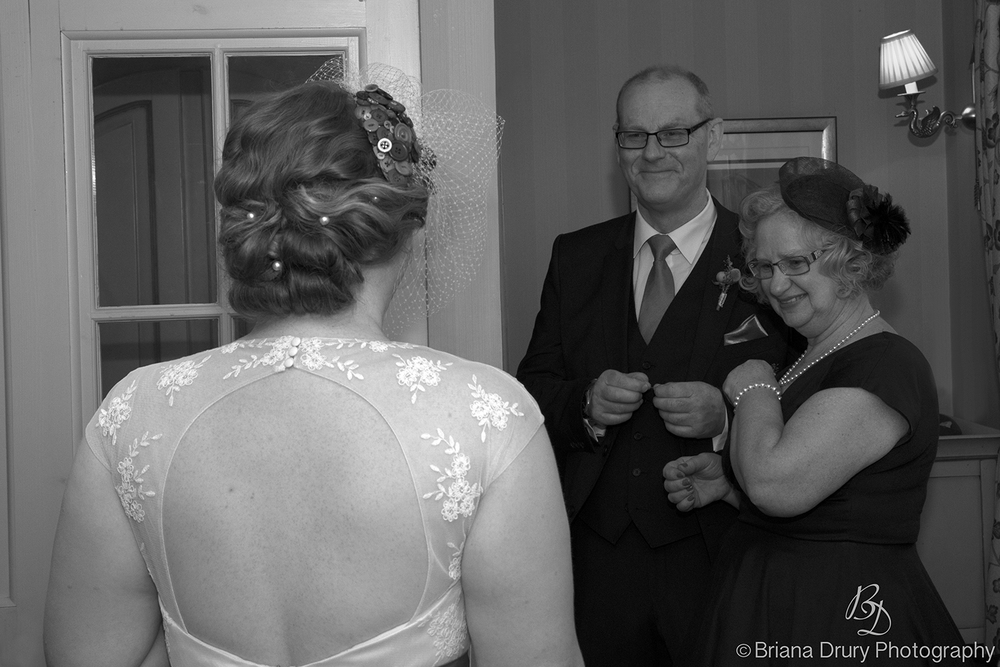 1LJ_Wedding4286v2.jpg