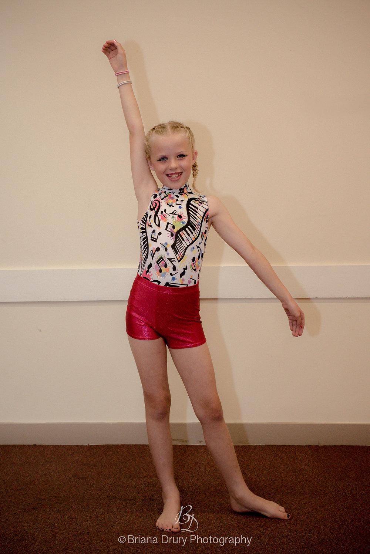 Silhouette Dance Academy 5325_1