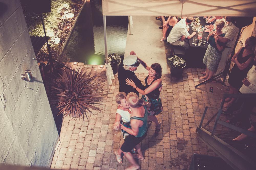 HuwelijksfeestMia&Leo_patriciavanrespaille (270 van 277).jpg