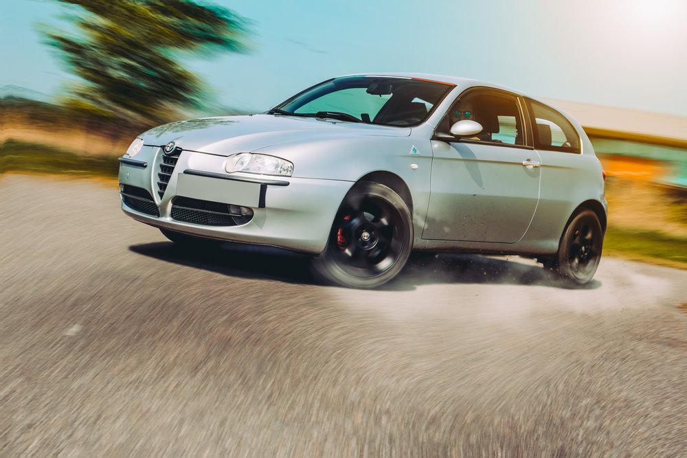 Alfa147_drive.jpg