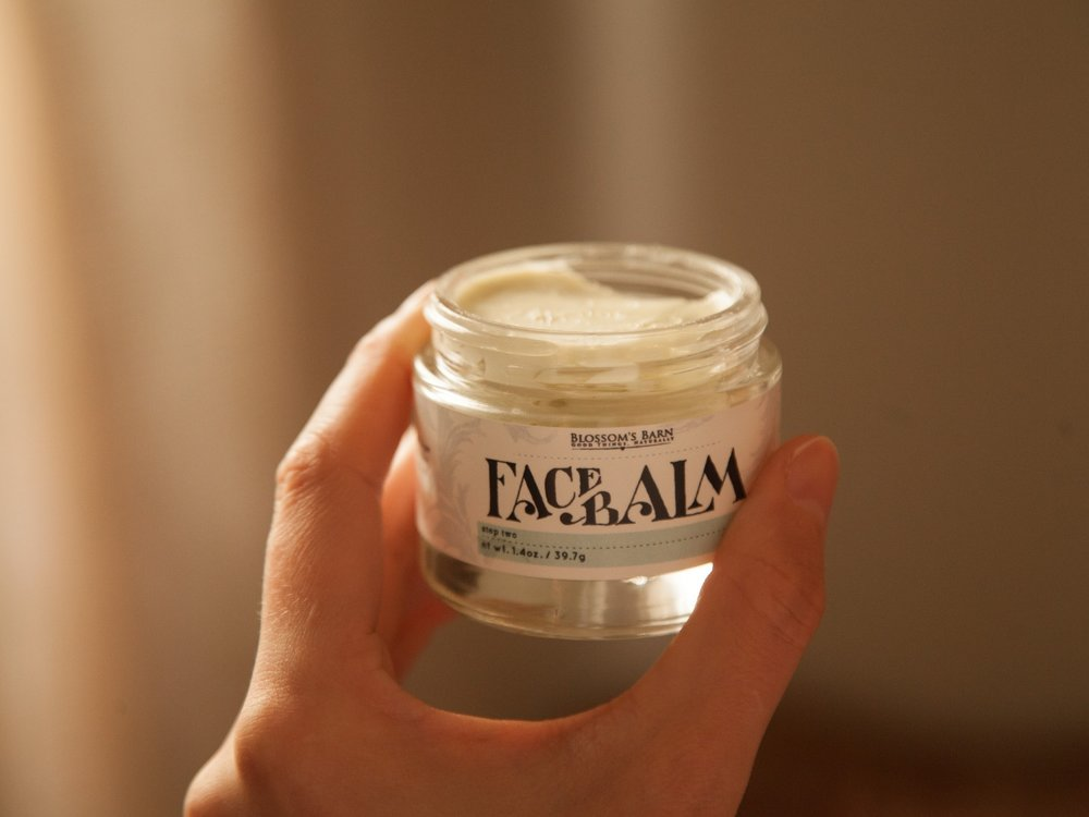 Face Balm comes in a reusable, recyclable glass jar.