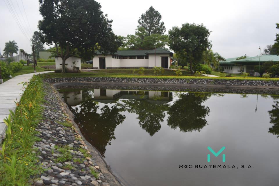 Museo azucar de Guatemala laguna.jpg