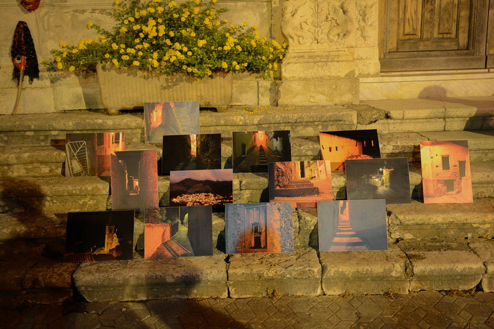 Prints on auction from  Dettagli Pezzoloti Notturni   Photo by Placido Carbone