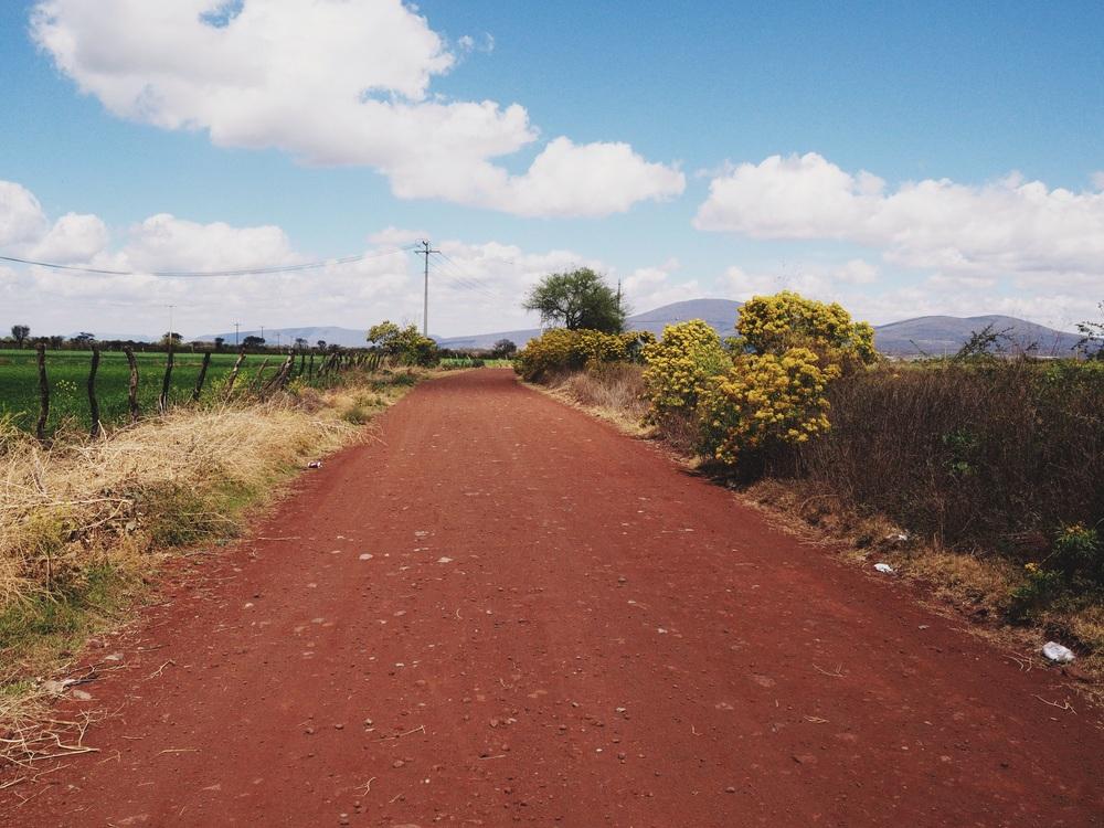 Today's dirt road from Yurécuaro to Ecuandureo
