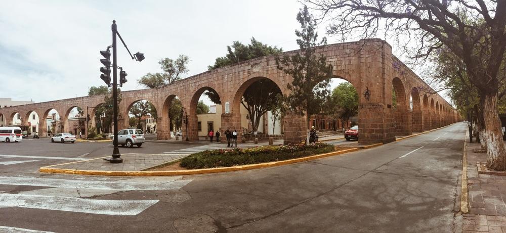 Enjoying the aqueduct one last time!