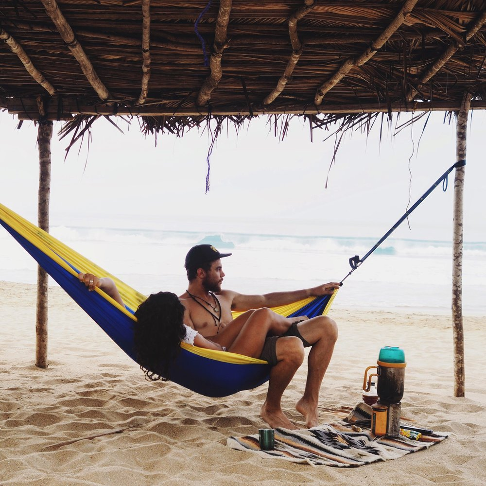 Taking a day off in Zipolite, enjoying our Serac Hammock & making chai