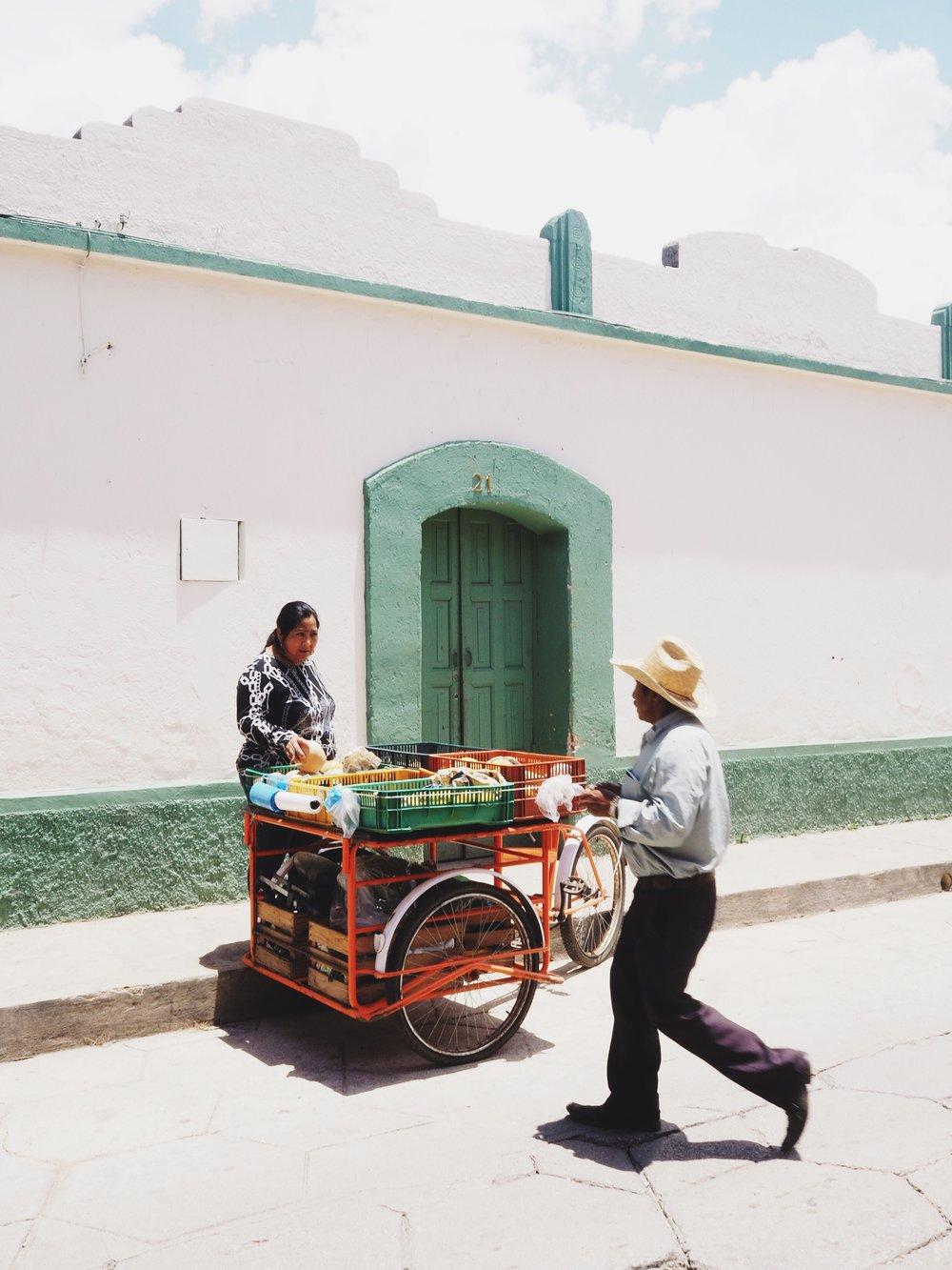 Fruit vendor, San Cristóbal