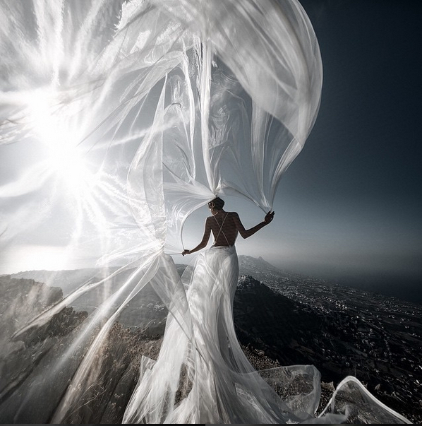 bulgakigor santoriniwedding.jpg