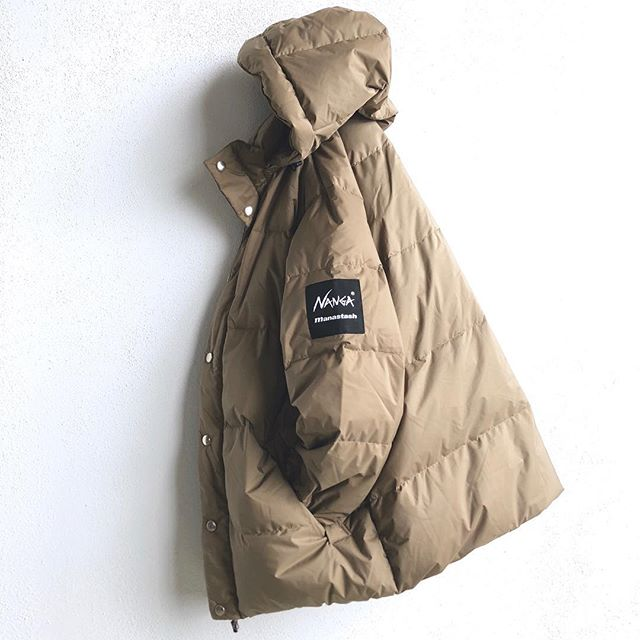 WAKE ME UP (WHEN WINTER IS HERE) 💤  Until then I'll be sleeping in this.... Aurora-Tex Down Jacket, made in Japan from Nanga select Premium down. Waterproof micro ripstop outer shell, with 100% Kawada feather white duck down insulation.  #manastash #nanga #90s #bigjackets