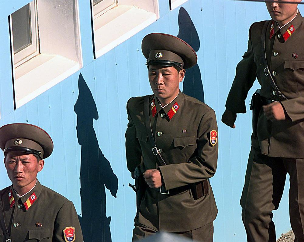 north-korean-military.jpg