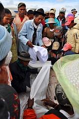 Famadihana, Rewrapping Body, Madagascar, Photo by Save Your Smile
