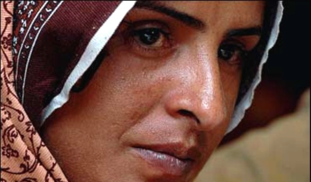 mukhtar-mai-pakistani-gang-rape-survivor-and-activist-photo-by-lauren-rose-without-a-thorn.jpg