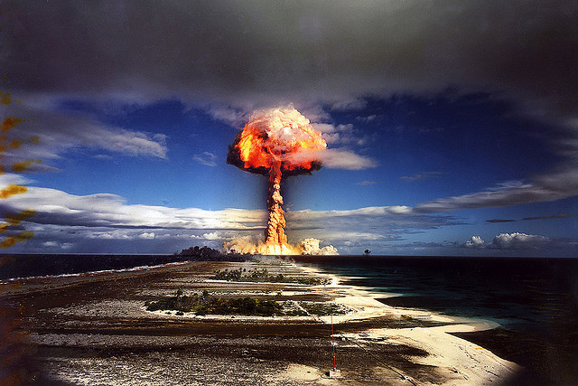 french-nuclear-test-photo-by-x-ray-delta.jpg