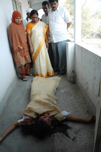 Ayesha Meera, India Gang Rape Victim Dead Body, Photo by Two Circles
