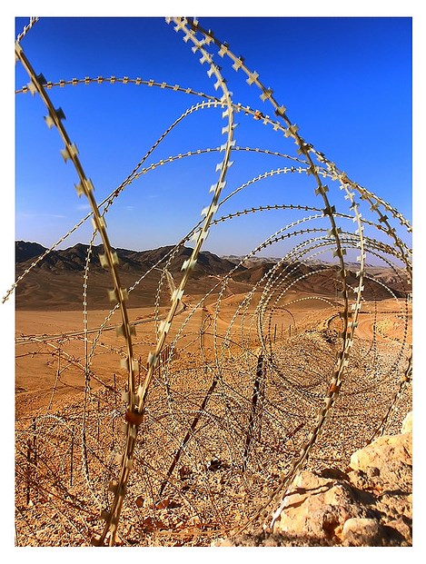 Israel-Egypt border near Netafim, Photo by Vad Levin