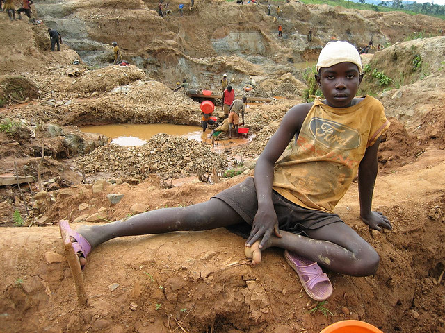 a-gold-mine-in-ituri-eastern-drc-photo-by-simon-reeve.jpg