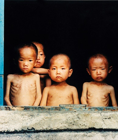 Starving North Korean Children, 1997, Photo by Justin Kilcullen (Cropped)