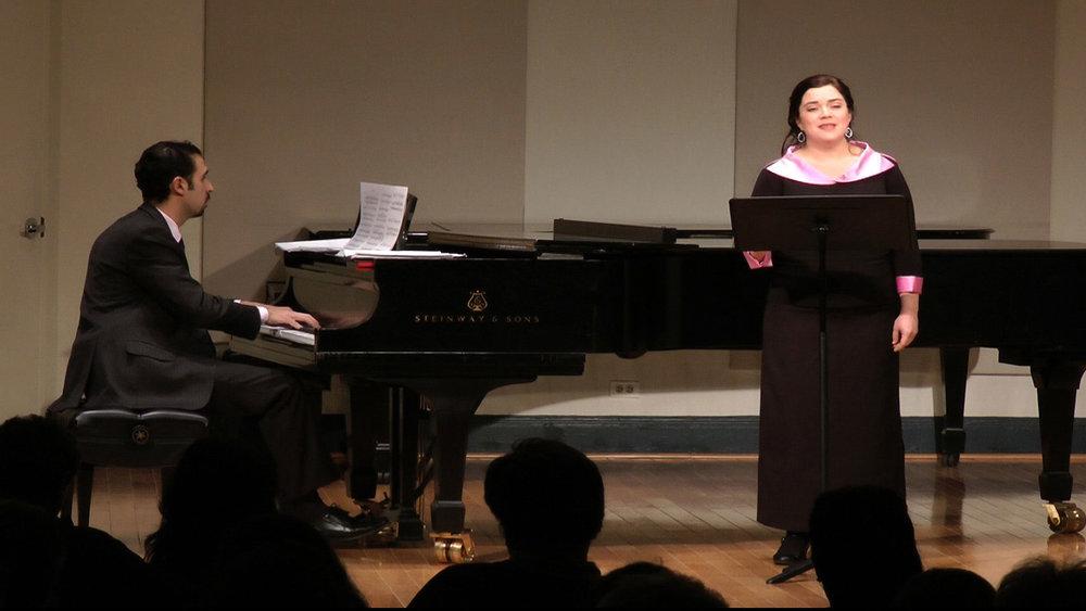 Angelique Zuluaga, soprano  José Alejandro Roca, piano