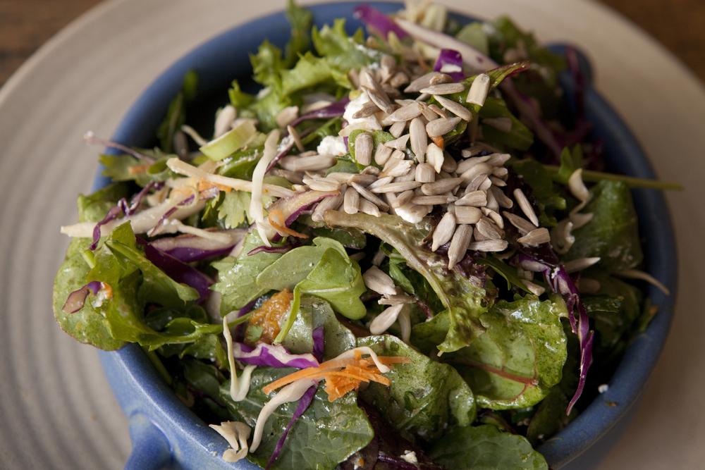 Salad falafel.jpg