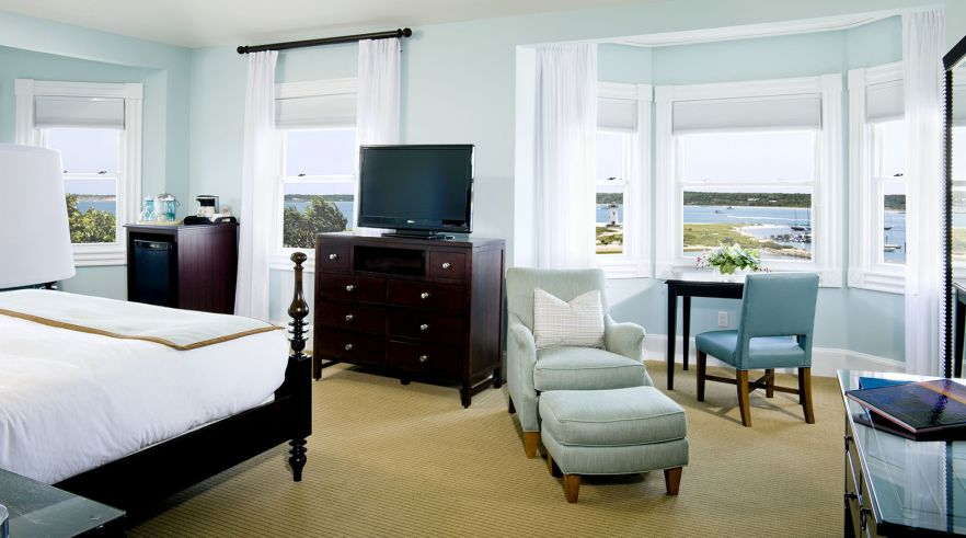 Photo Credit: Harbor View Hotel