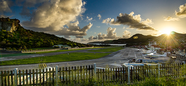 St_Barth_Airport.jpg