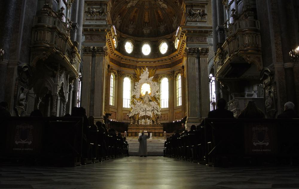 Napoli Duomo / Service