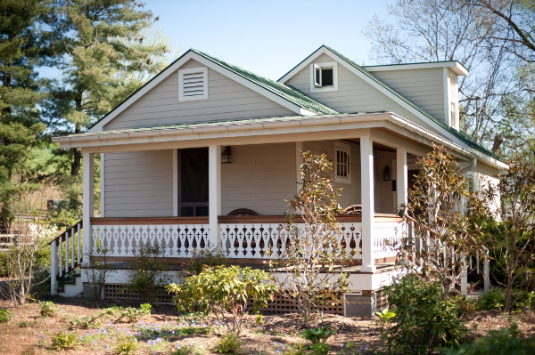 cottage01.jpg