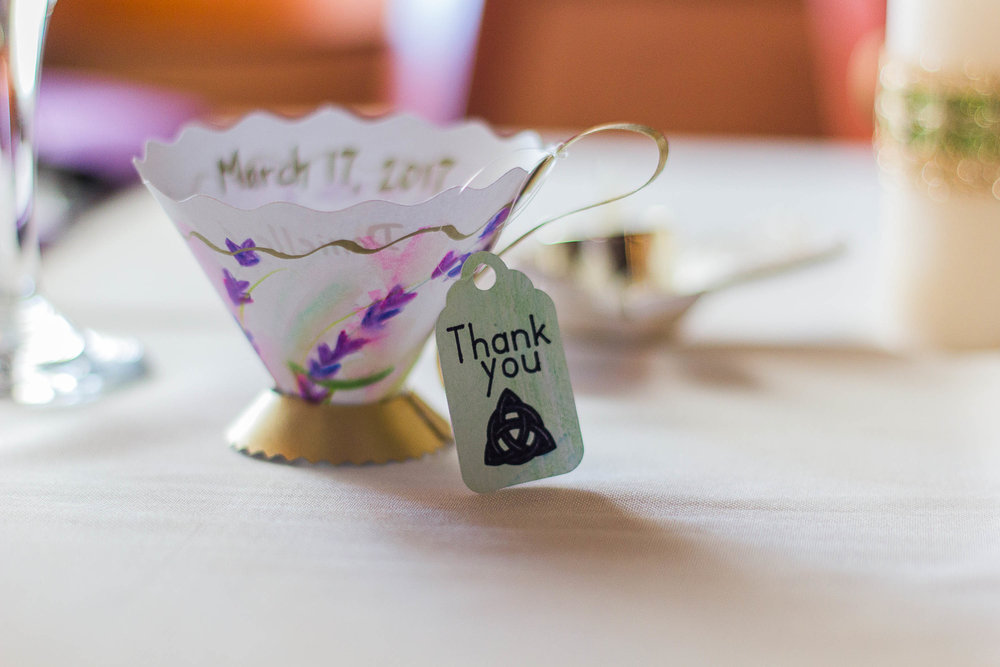 I love these wedding favors! And they were all handmade by the bride!