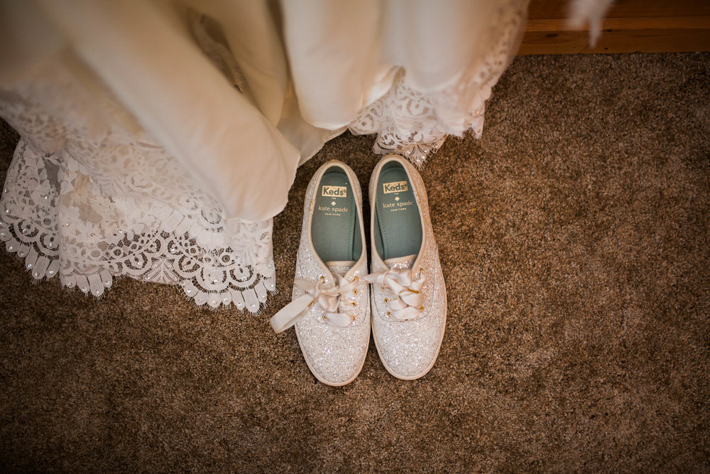 I love a bride who can be stylish and values comfort!