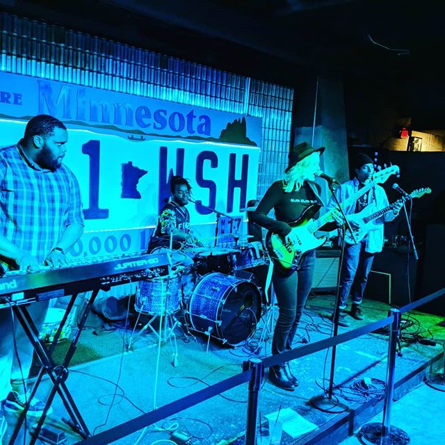 Last night we saw Covalent Blonde. They know how to bring the blues! Get some psychedelic soul space jams in your life and check them out (ow.ly/o67N30oasVL) #LocalMusic #IndieArtist #LiveMusic #Minneapolis #IndieMusicBlast #MuseBoost #IndieMusicPlay