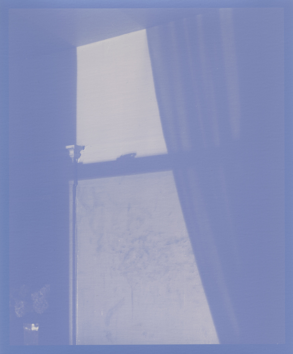 Shadow_Window_01.jpg
