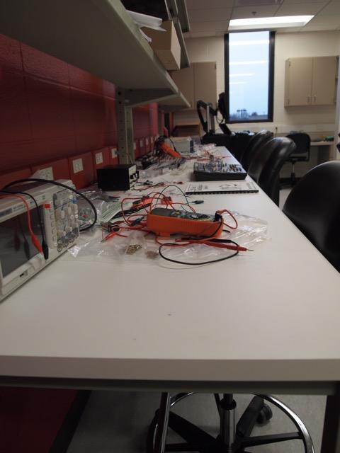 Electronics-Lab-1.jpg
