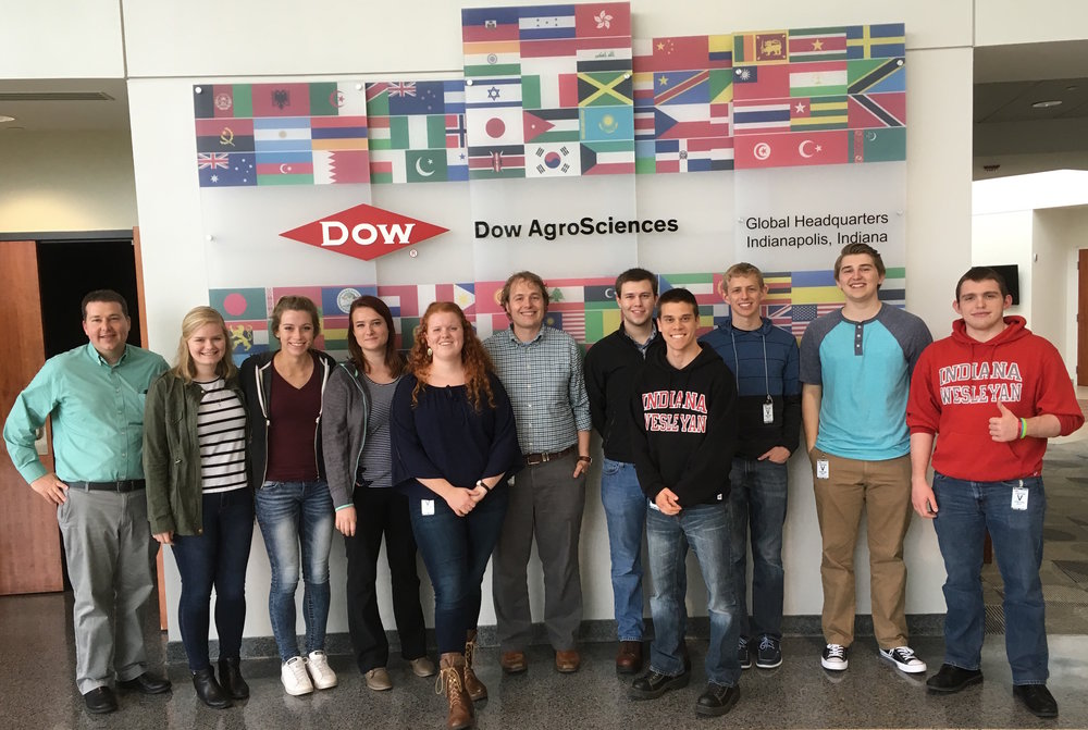 2016 STEM Scholar group visits Dow AgroSciences