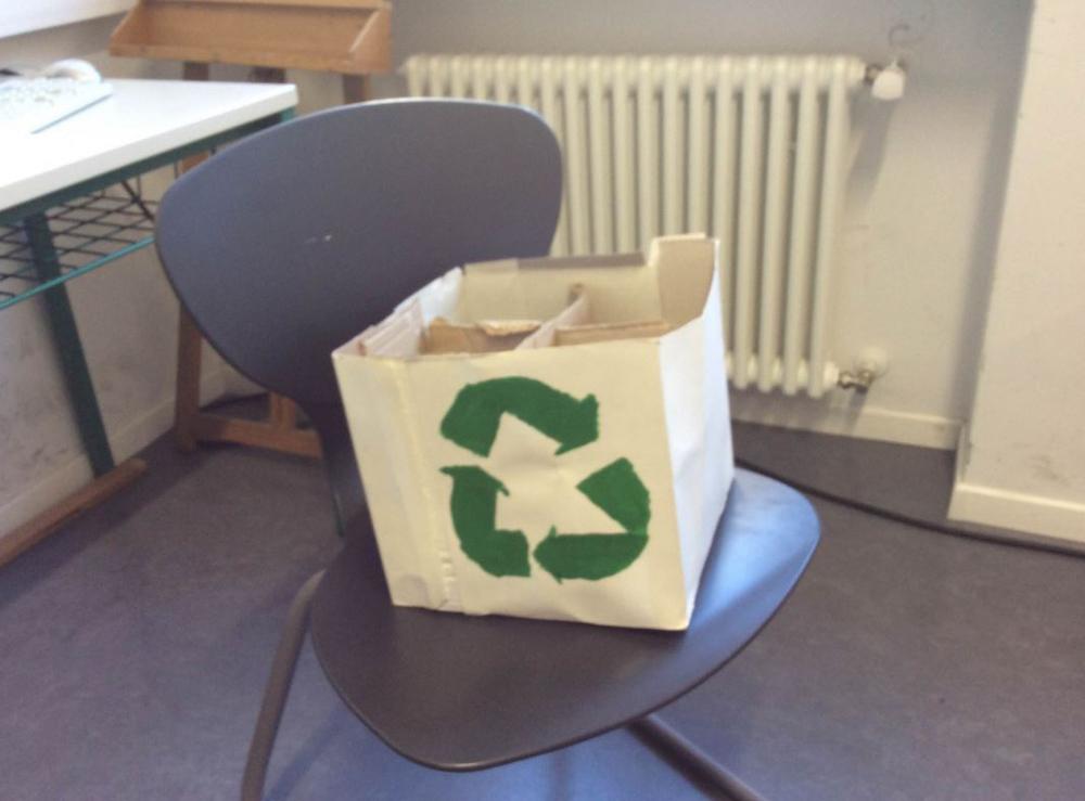 2015-Bidone-per-riciclare.jpg