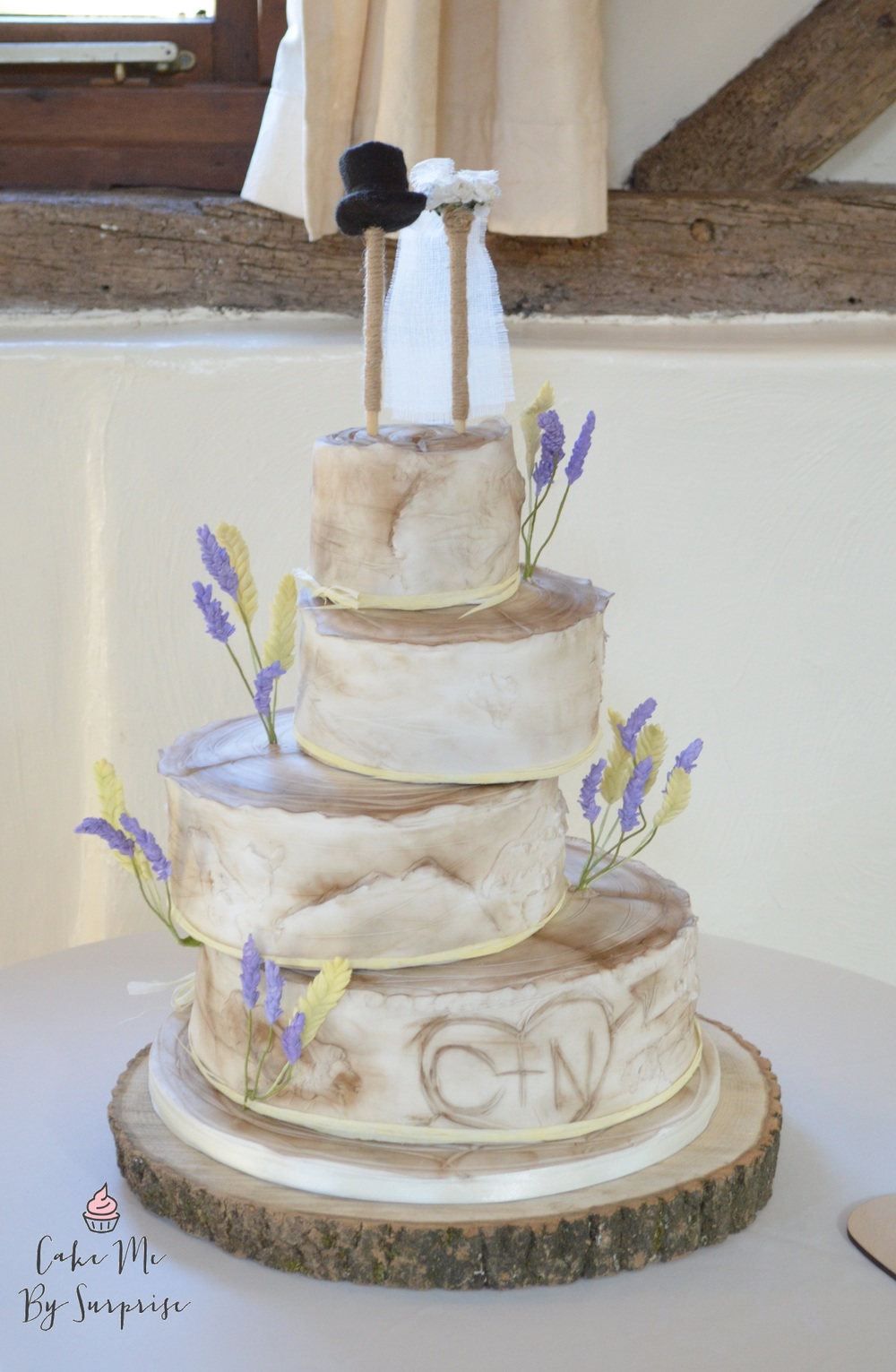 Lavender in Provence Rustic birch tree cake complete with sugar crafted wheat and lavender Serves 134 £620