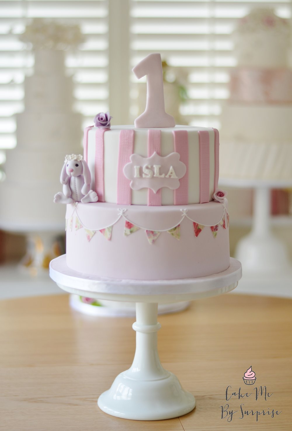 1st Birthday Cake for little girl.JPG