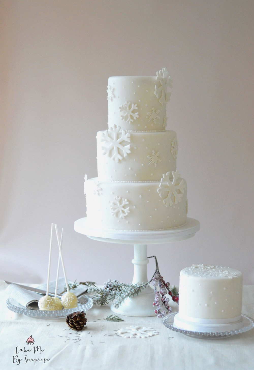 £500 (Serves 100) *Cake Price Only
