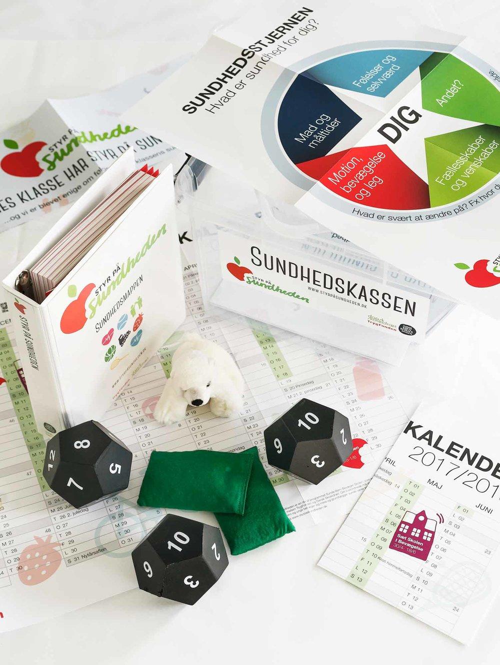 Sundhedskassen fra Styr på Sundheden blev udviklet i 2017. Kassen rummer materialer til aktiv sundhedsundervisning.